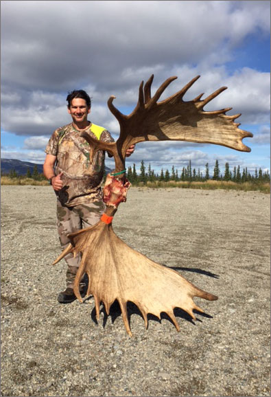 Alaska Moose Hunting with Willie Dvorak